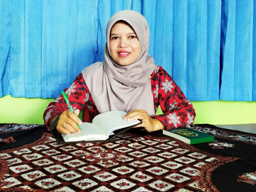 Siti Mahmudah Setyaningsih, S.AP Kepala Seksi Perekonomian dan Pemberdayaan
